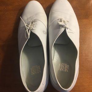 Men's Size 10.5 White Spanish Leather Dress Shoes